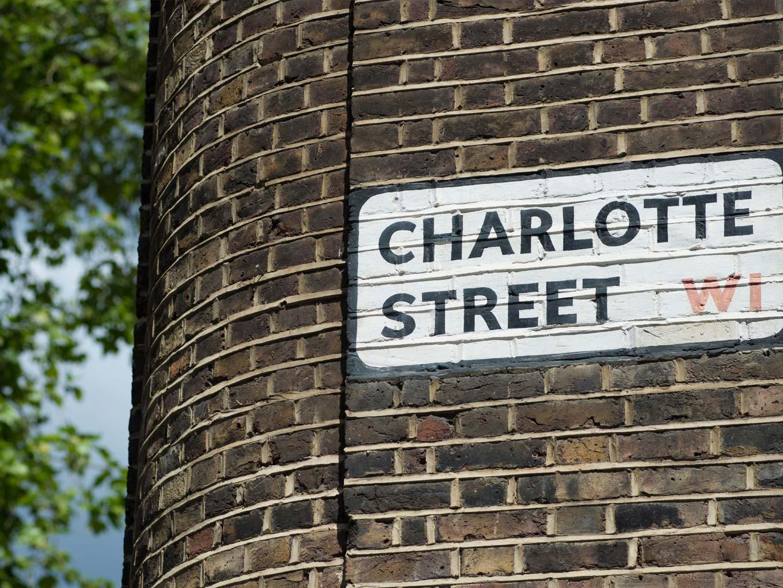 Charlotte Street street sign